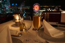横浜の夜景が見えるレストラン