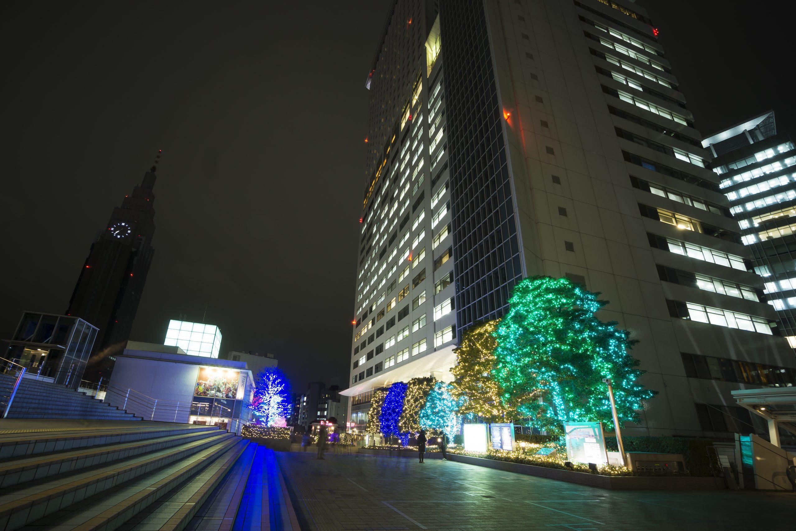 新宿駅前 サザンテラス クリスマスイルミネーション